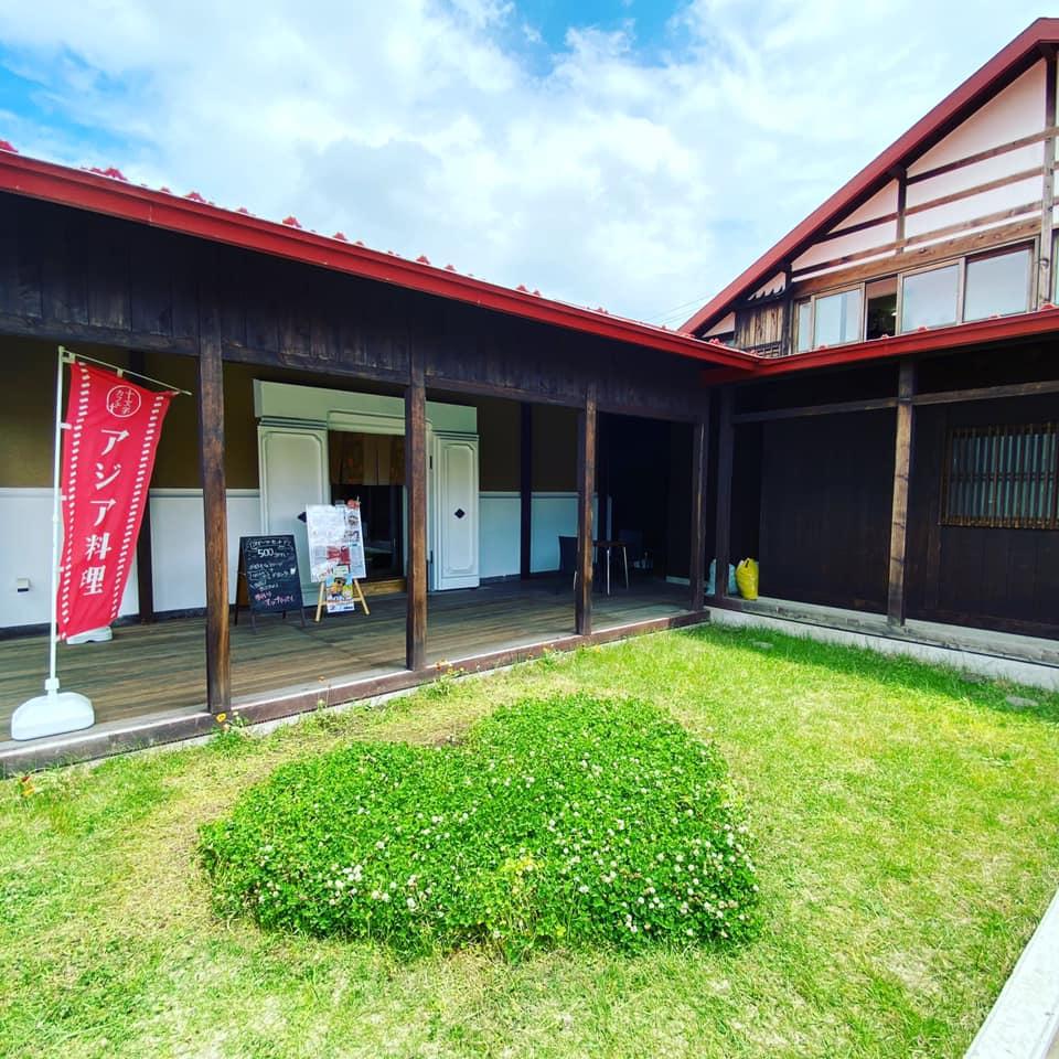 十文字カフェ入口写真